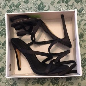 Shoes - Ankle straps heels